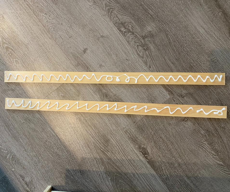 Ikea Tarva Hack - Leisten ankleben